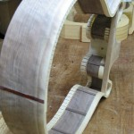 Building the rim of the guitar