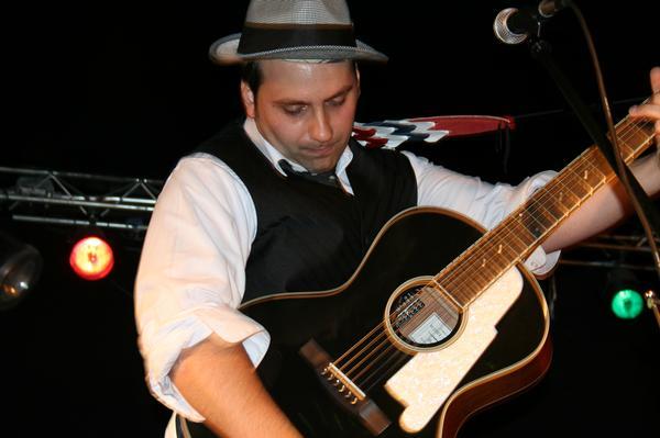 jesse-w-guitar
